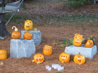 2007_1021house_pumpkins0114_2
