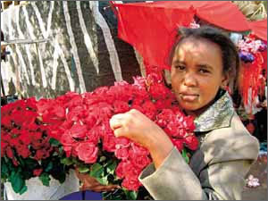 Kenya_flower_seller